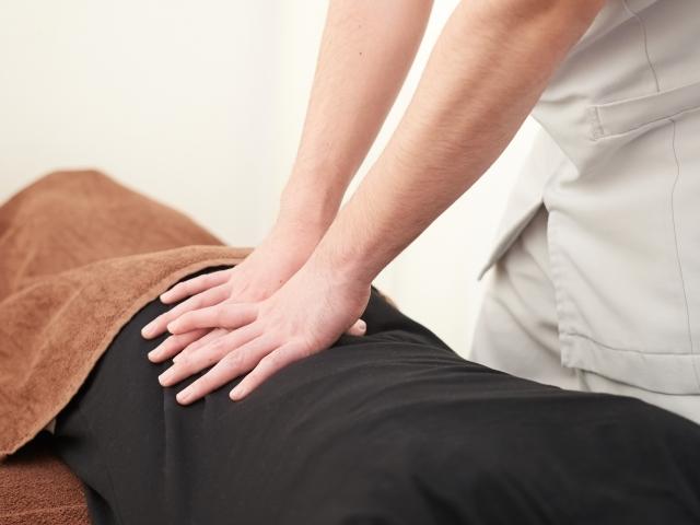 全身のバランスを整えて椎間板への負担を解消する施術です