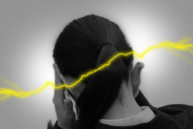 関節の歪みやズレも頭痛の原因になります